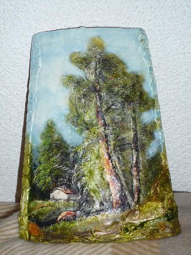 Bosco con alberi e casetta in rilievo tegole decorate in - Tegole decorate in rilievo ...