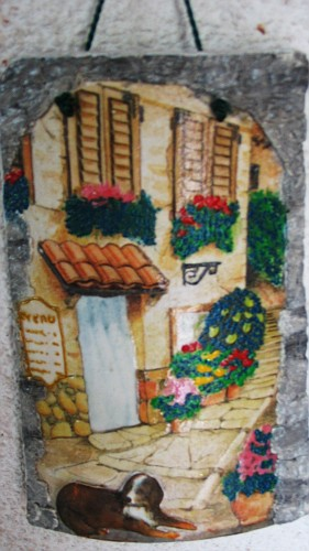 Borgo tegole decorate in rilievo il mondo di dolly - Tegole decorate in rilievo ...