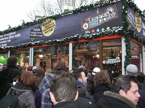 Eindhoven. La Serieuse Request - Babba Natale