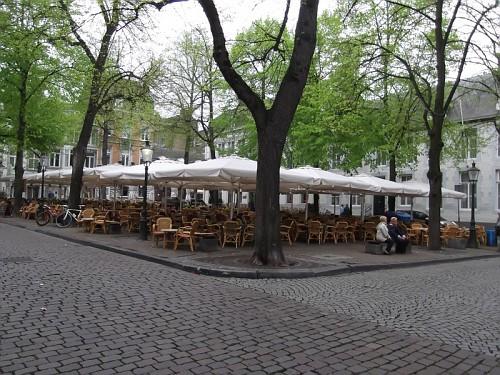 Maastricht Tavolini