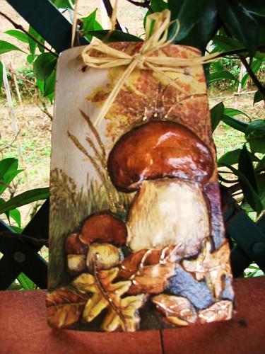 Funghi venduta tegole decorate in rilievo il mondo di - Tegole decorate ...