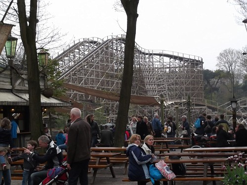 Efteling Montagne in russo in legno
